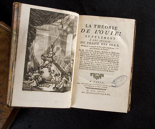 Attention trésors ! Des livres scientifiques  